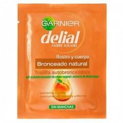 Samooopaľovacie utierky Garnier Delial