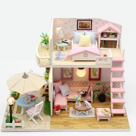 DIY Model - Patrový dřevěný domeček pro panenky