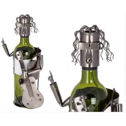 Kovový stojan na víno - gitarista