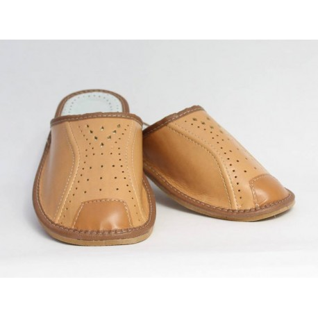 Pánske kožené papuče Model P 0016