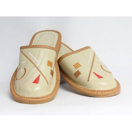 Dámske kožené papučky model 32