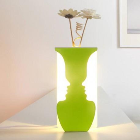 USB svietiaca váza