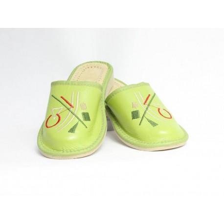Dámske kožené papučky model 34