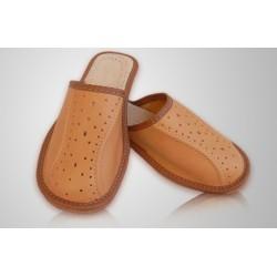 Chlapčenské kožené papuče - svetlo hnedé