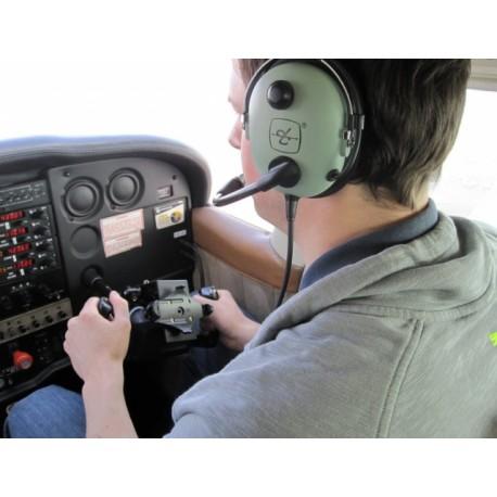Pilot letadla na zkoušku Praha