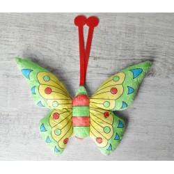 Maskot motýľ - omaľovanka